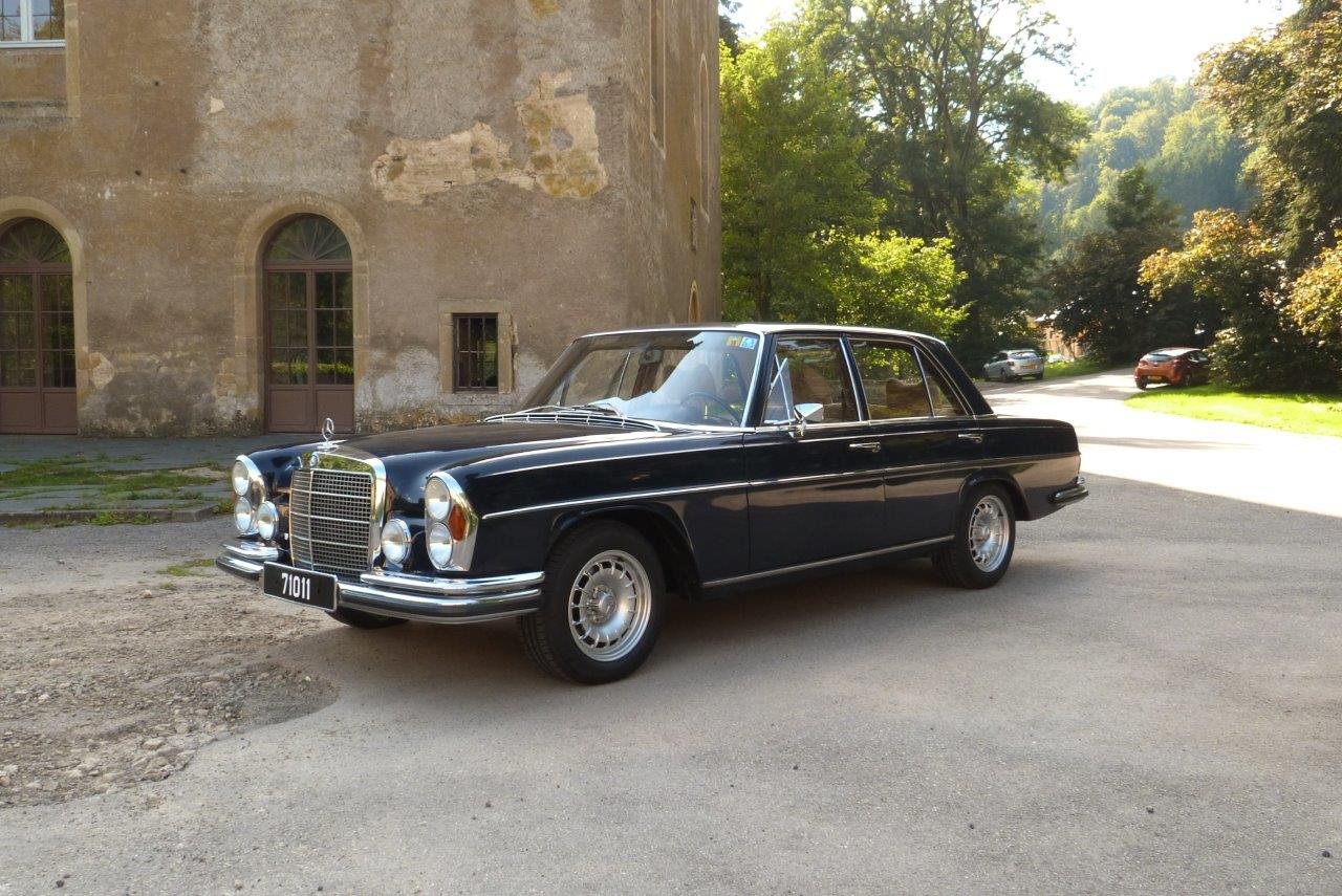 W 108 mercedes benz club luxembourg for Mercedes benz club